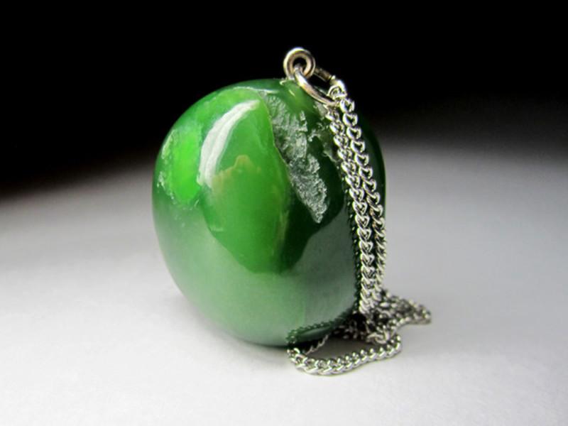 Зелені напівкоштовні камені назви і фото