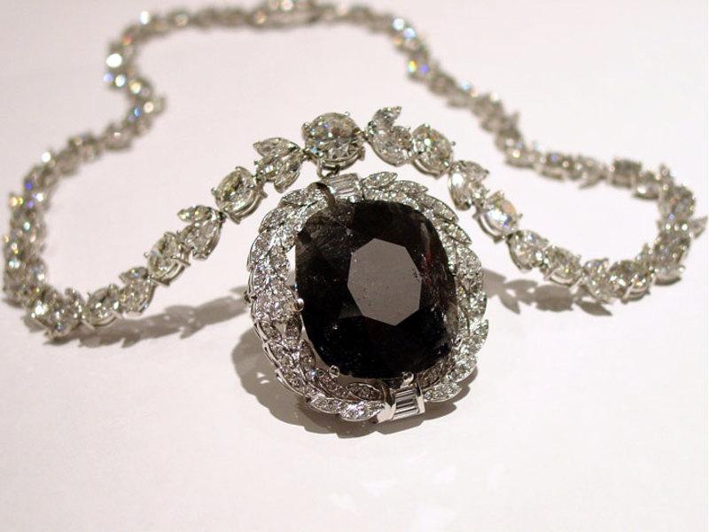 Черный бриллиант