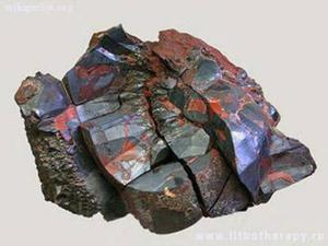 Природный камень гематит