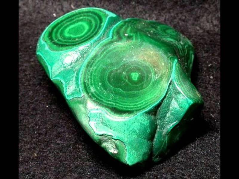Как сделать зелёный камень 21